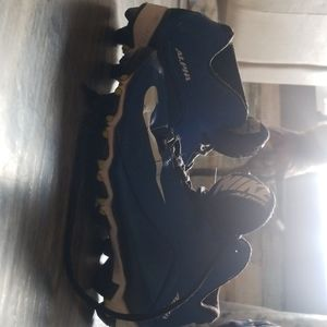 Nike youth size 3.5 football cleats